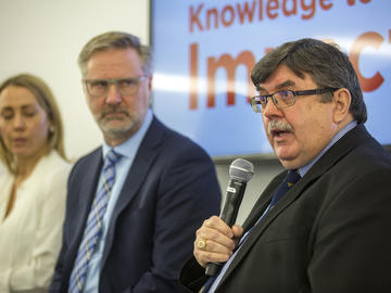 Dr. David B. Hogan, Director, Brenda Strafford Centre on Aging and Project Lead, Laneway Home Initiative, during the morning panel at Knowledge to Impact: Igniting Community Engagement in the City Building Design Lab on April 29, 2019.